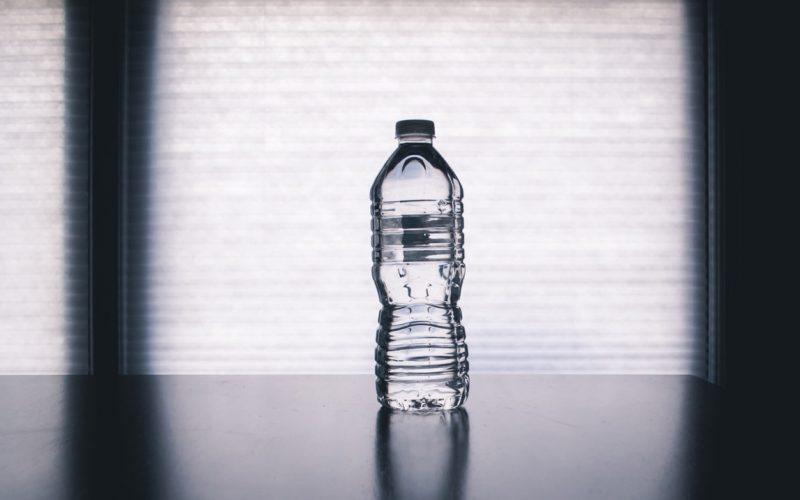 Butelki PET – praktyczne, ale kłopotliwe